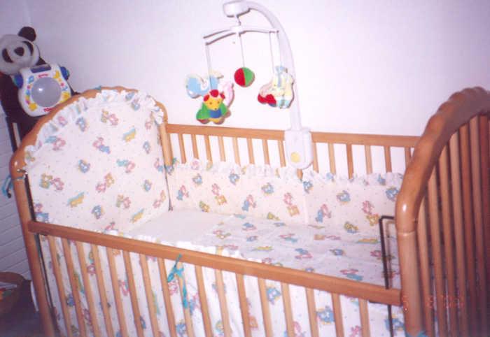 Бампер для детской кроватки своими руками фото